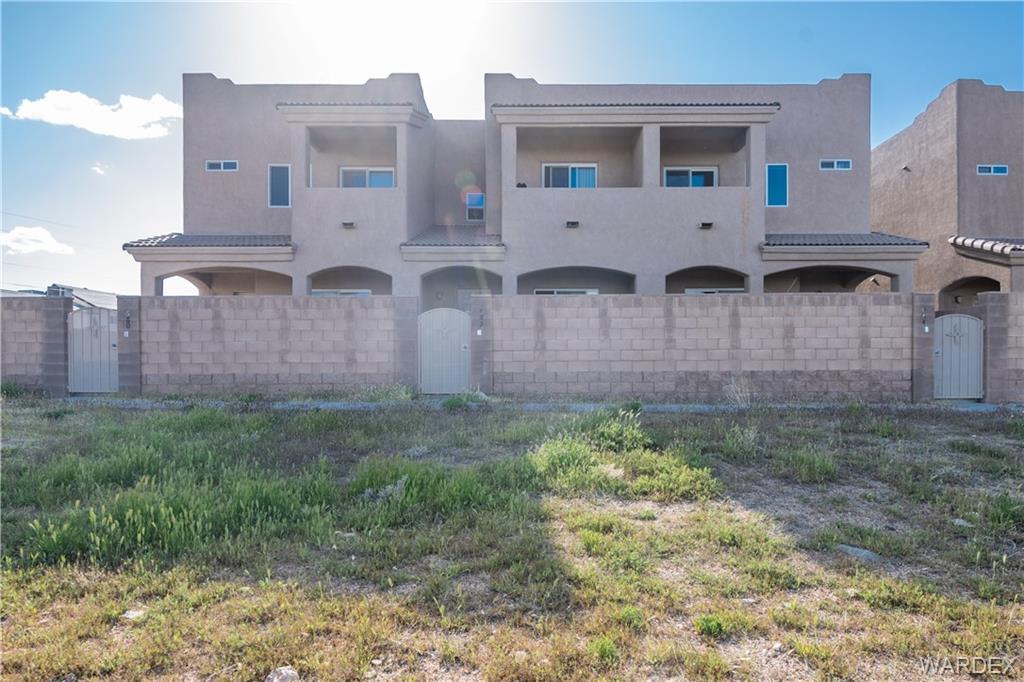 690 Vista Grande Drive, Kingman, Arizona 86409, 3 Bedrooms Bedrooms, ,2 BathroomsBathrooms,Single Family,For Sale,690 Vista Grande Drive,966304