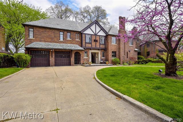 17410 FAIRWAY Drive, Detroit, Michigan 48221, 4 Bedrooms Bedrooms, ,3 BathroomsBathrooms,Single Family,For Sale,17410 FAIRWAY Drive,2,2200036251