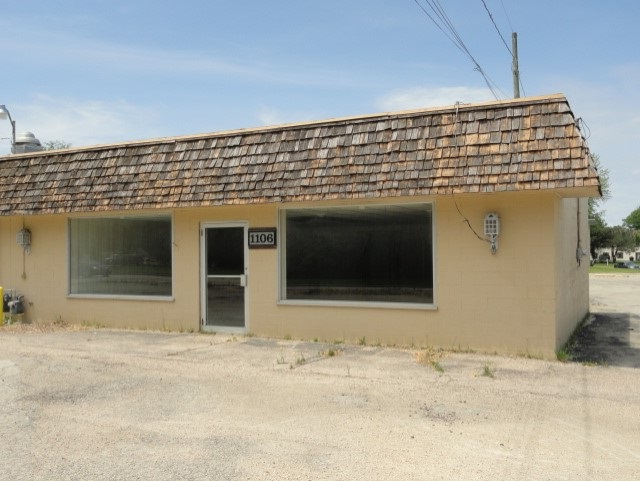 1106 Madison St, Beaver Dam, Wisconsin 53916, ,Commercial,For Sale,1106 Madison St,1,1884325