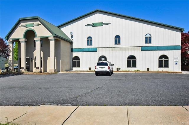 242 North Whiteoak, Berks County, Pennsylvania 19530, ,Commercial,For Sale,242 North Whiteoak,637037