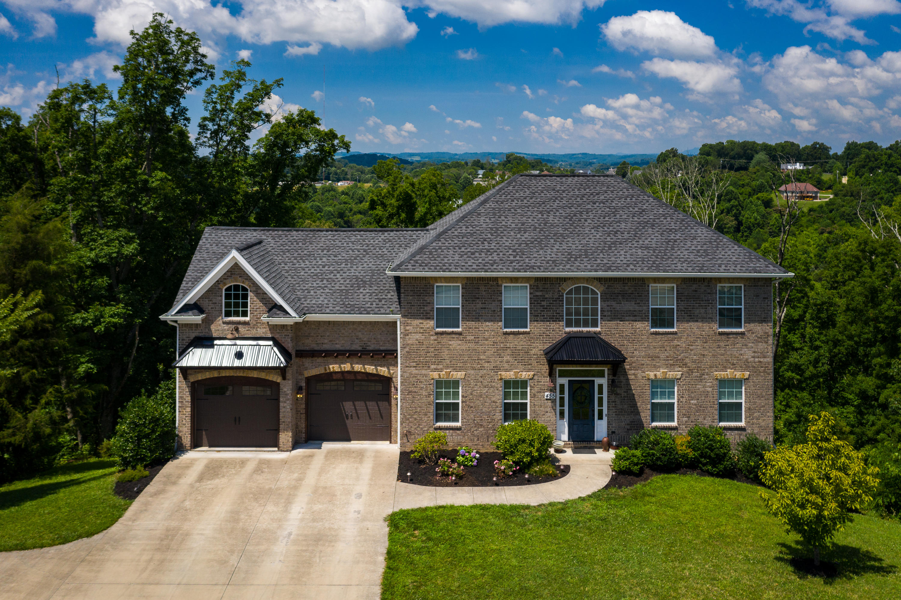 455 Ridgeview Meadows Drive, Gray, Tennessee 37615, 4 Bedrooms Bedrooms, ,4 BathroomsBathrooms,Single Family,For Sale,455 Ridgeview Meadows Drive,9909761