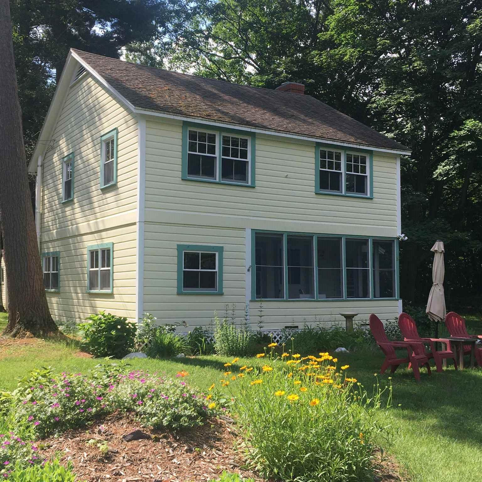 8 Starr Farm Beach Road, Burlington, Vermont 05408, 4 Bedrooms Bedrooms, ,2 BathroomsBathrooms,Single Family,For Sale,8 Starr Farm Beach Road,2,4813752