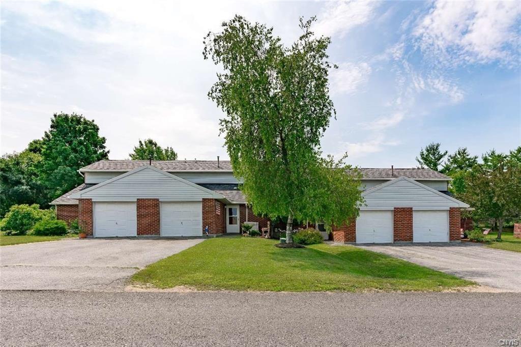 256 Michigan Avenue, Watertown-City, New York 13601, 2 Bedrooms Bedrooms, ,1 BathroomBathrooms,Rental,For Rent,256 Michigan Avenue,S1276412