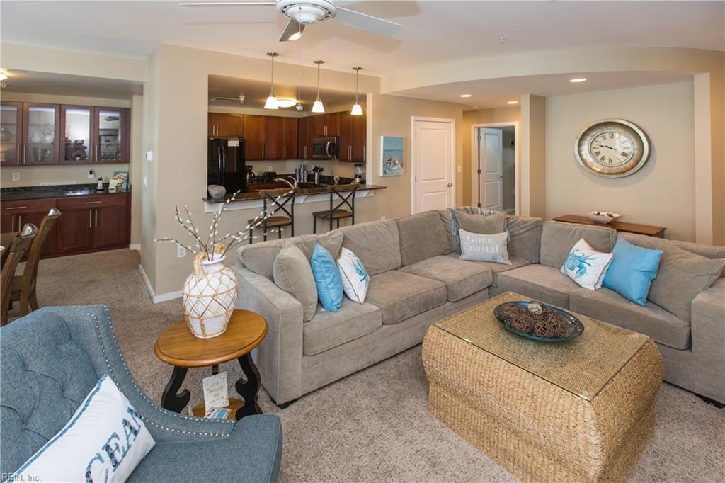 3700 Sandpiper Road, Virginia Beach, Virginia 23456, 3 Bedrooms Bedrooms, ,2 BathroomsBathrooms,Single Family,For Sale,3700 Sandpiper Road,1,10326548
