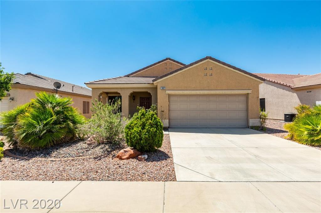 1807 Eagle Village Avenue, Henderson, Nevada 89012, 2 Bedrooms Bedrooms, ,2 BathroomsBathrooms,Single Family,For Sale,1807 Eagle Village Avenue,1,2208440