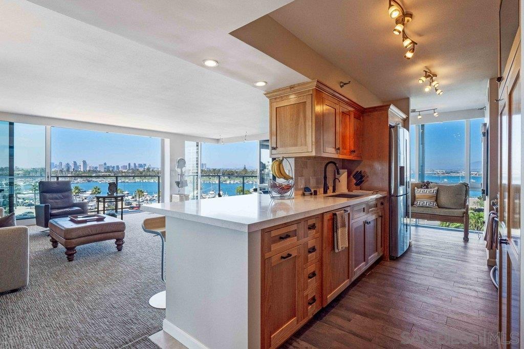 1750 Avenida Del Mundo, Coronado, California 92118, 2 Bedrooms Bedrooms, ,2 BathroomsBathrooms,Townhouse,For Sale,1750 Avenida Del Mundo,1,200031766