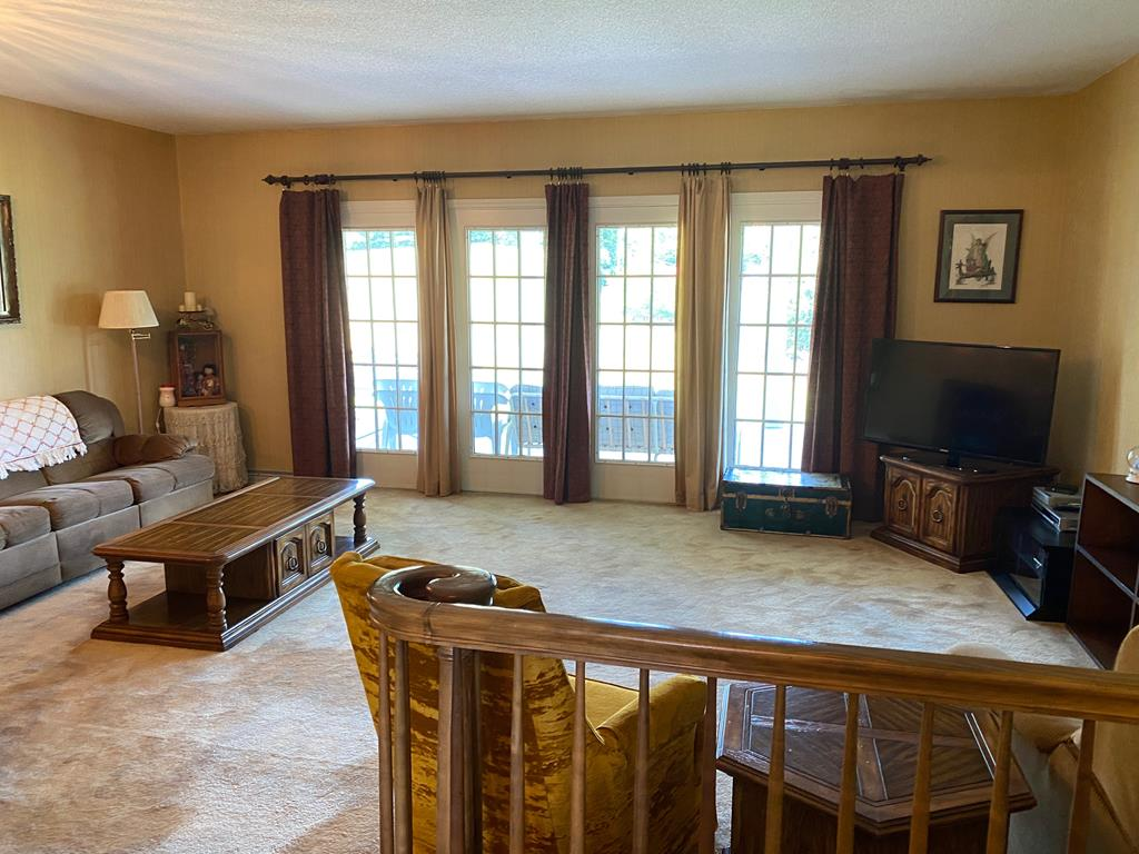 8905 Mountain Shadow Drive, Wise, Virginia 24293, 3 Bedrooms Bedrooms, ,4 BathroomsBathrooms,Single Family,For Sale,8905 Mountain Shadow Drive,1,74801