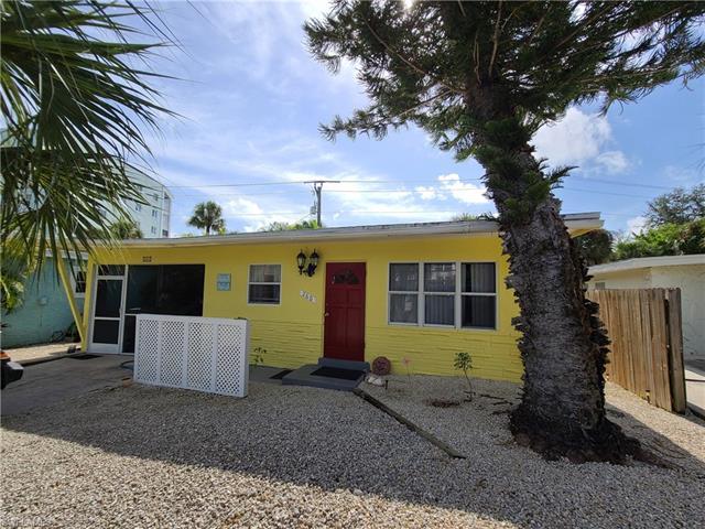 260 Fairweather LN, FORT MYERS BEACH, Florida 33931, 2 Bedrooms Bedrooms, ,1 BathroomBathrooms,Single Family,For Sale,260 Fairweather LN,220042882