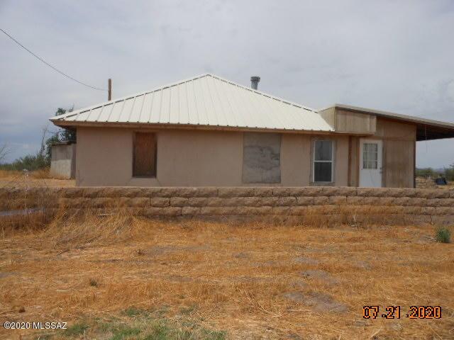 2245 N HAMILTON Road, Willcox, Arizona 85643, 4 Bedrooms Bedrooms, ,1 BathroomBathrooms,Single Family,For Sale,2245 N HAMILTON Road,22017851