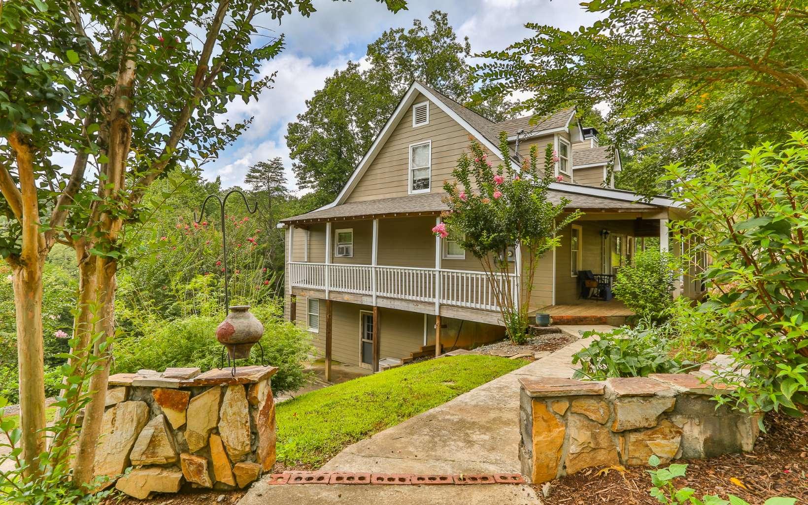 302 MORELAND DR, Ellijay, Georgia 30540, 3 Bedrooms Bedrooms, ,2 BathroomsBathrooms,Single Family,For Sale,302 MORELAND DR,299248