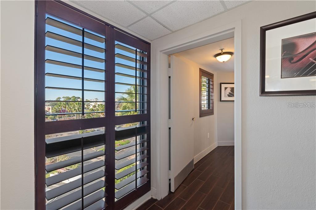 6165 CARRIER DRIVE, ORLANDO, Florida 32819, 2 Bedrooms Bedrooms, ,2 BathroomsBathrooms,Condominium,For Sale,6165 CARRIER DRIVE,1,O5883848