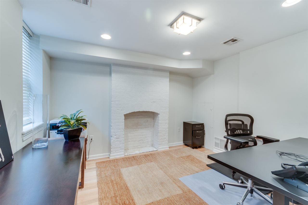 110 8TH ST, Hoboken, New Jersey 07030, 4 Bedrooms Bedrooms, ,4 BathroomsBathrooms,Residential,For Sale,110 8TH ST,202014903