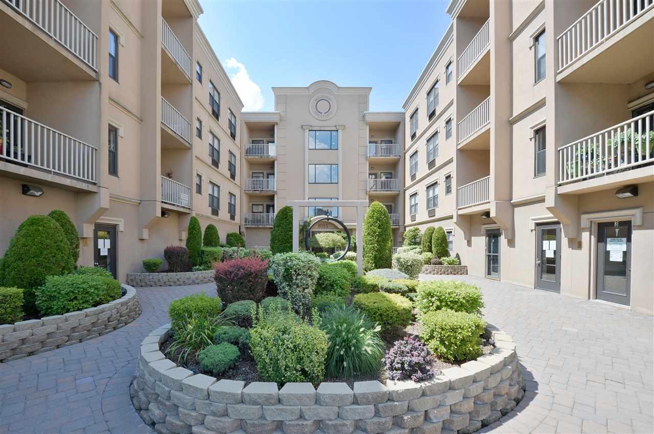 8915 BERGENWOOD AVE, North Bergen, New Jersey 07047, 2 Bedrooms Bedrooms, ,2 BathroomsBathrooms,Condominium,For Sale,8915 BERGENWOOD AVE,202015578