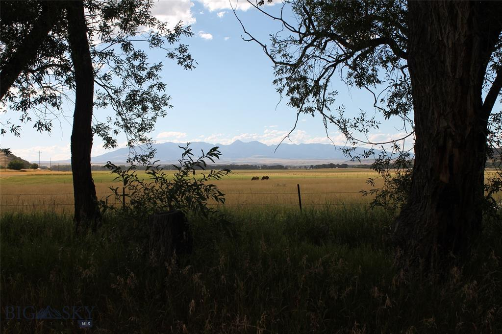 653 Highway 10 E Lot 5, Big Timber, Montana 59011, ,Lots And Land,For Sale,653 Highway 10 E Lot 5,349244
