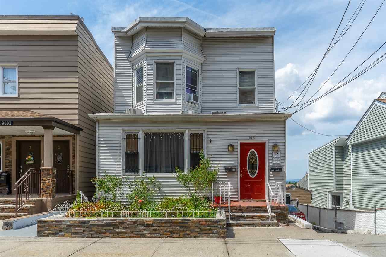 9005 SMITH AVE, North Bergen, New Jersey 07047, 4 Bedrooms Bedrooms, ,3 BathroomsBathrooms,Multifamily,For Sale,9005 SMITH AVE,202017733