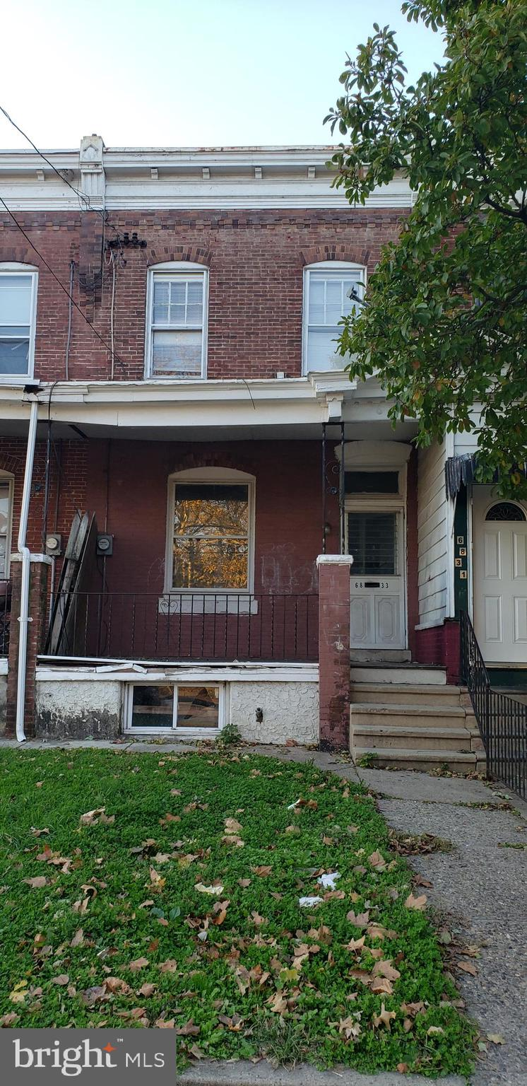 6833 WOODLAND AVENUE, PHILADELPHIA, Pennsylvania 19142, 3 Bedrooms Bedrooms, ,2 BathroomsBathrooms,Townhouse,For Sale,6833 WOODLAND AVENUE,PAPH924824