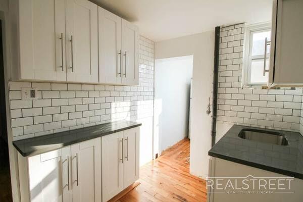 131 Linden Street, Brooklyn, New York 11221, 4 Bedrooms Bedrooms, ,1 BathroomBathrooms,Rental,For Rent,131 Linden Street,10927413
