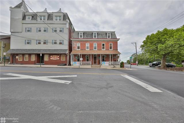 106 South MAIN Street, Alburtis, Pennsylvania 18011, 1 Bedroom Bedrooms, ,Rental,For Rent,106 South MAIN Street,3,647980