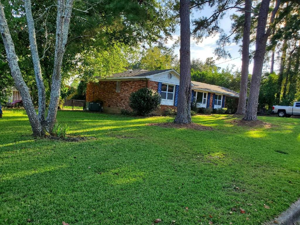 3601 West Hampton Drive, Augusta, Georgia 30907, 3 Bedrooms Bedrooms, ,2 BathroomsBathrooms,Single Family,For Sale,3601 West Hampton Drive,460023