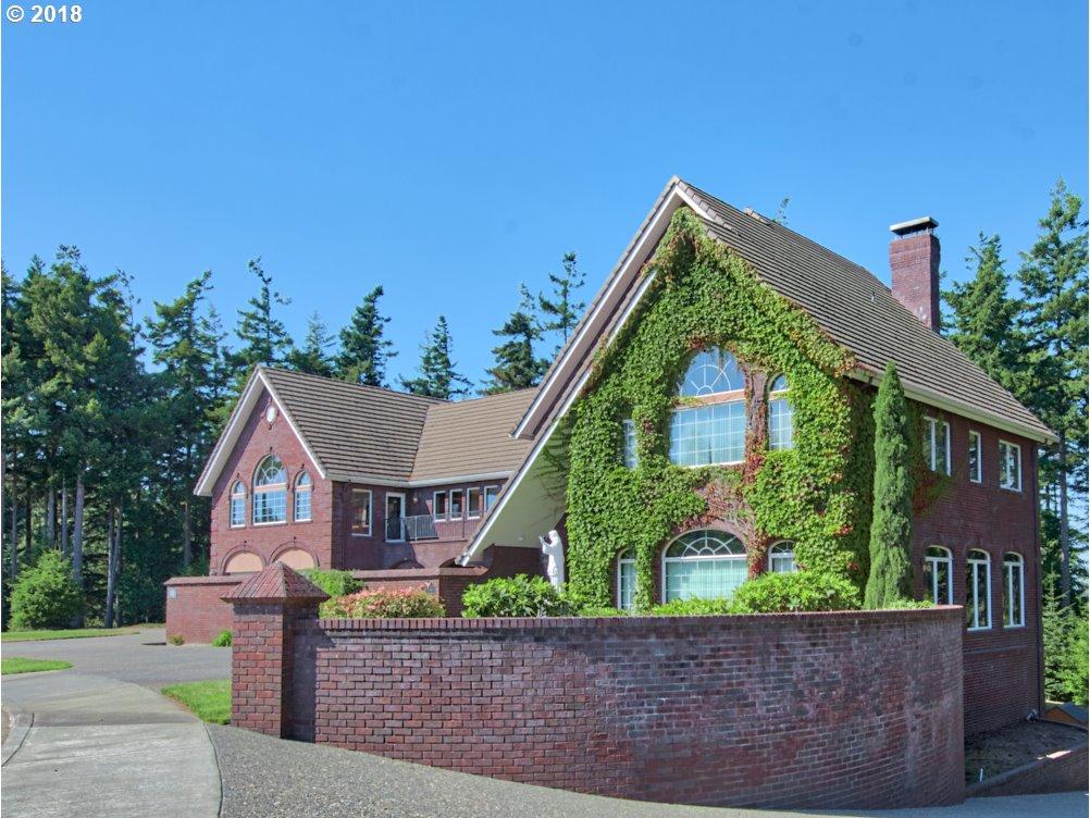 1810 ALDER RIDGE DR, North Bend, Oregon 97459, 6 Bedrooms Bedrooms, ,7 BathroomsBathrooms,Single Family,For Sale,1810 ALDER RIDGE DR,3,18347197
