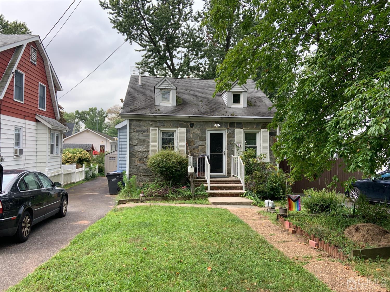 633 MAIN Street, Metuchen, New Jersey 08840, 2 Bedrooms Bedrooms, ,2 BathroomsBathrooms,Single Family,For Sale,633 MAIN Street,2103229