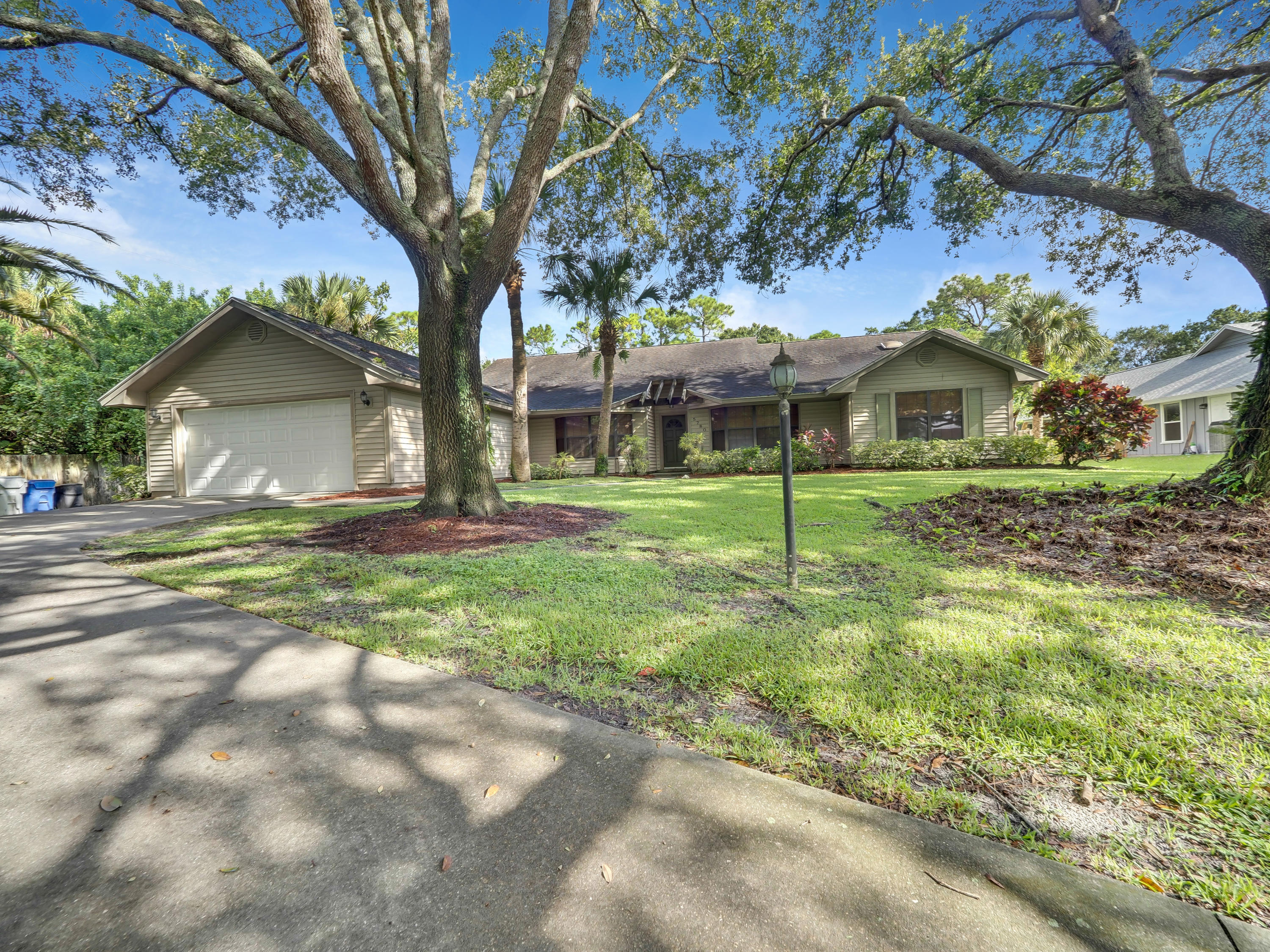 5780 36TH LANE, Vero Beach, Florida 32966, 3 Bedrooms Bedrooms, ,2 BathroomsBathrooms,Residential,For Sale,5780 36TH LANE,RX-10655372
