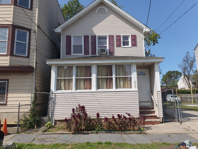 Paterson City, New Jersey 07514-2513, 4 Bedrooms Bedrooms, ,3 BathroomsBathrooms,Single Family,For Sale,3667320