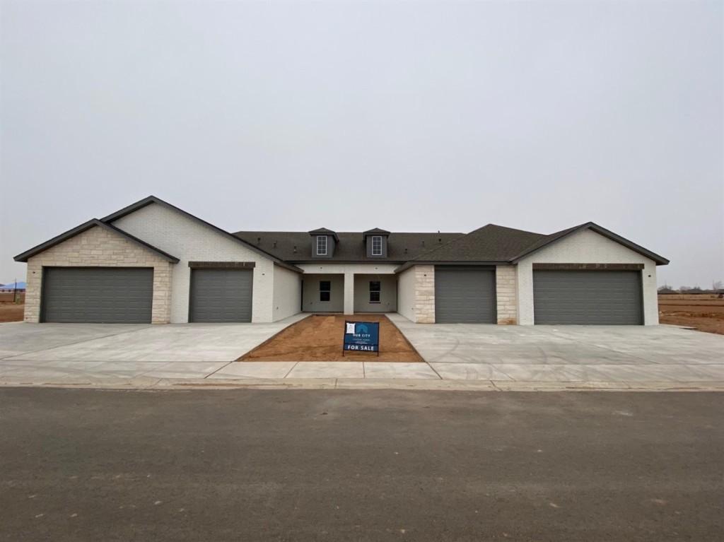 5607 Lehigh, Lubbock, Texas 79416, 2 Bedrooms Bedrooms, ,2 BathroomsBathrooms,Townhouse,For Sale,5607 Lehigh,202009160