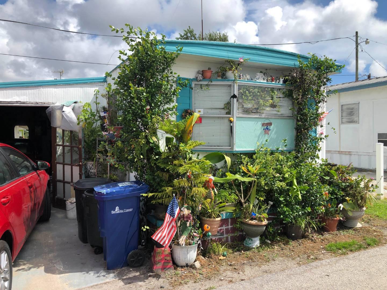 3100 Hawthorne Street, #233, SARASOTA, Florida 34239, 1 Bedroom Bedrooms, ,1 BathroomBathrooms,Residential,For Sale,3100 Hawthorne Street, #233,10942362