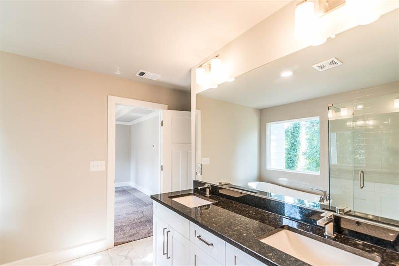 2799 Augusta Way, Decatur, Georgia 30032, 3 Bedrooms Bedrooms, ,3 BathroomsBathrooms,Single Family,For Sale,2799 Augusta Way,2,6791513