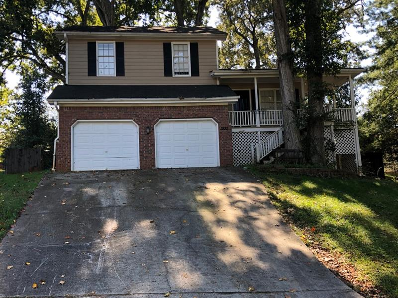 3822 Holland Drive, Snellville, Georgia 30039, 3 Bedrooms Bedrooms, ,2 BathroomsBathrooms,Single Family,For Sale,3822 Holland Drive,6791738