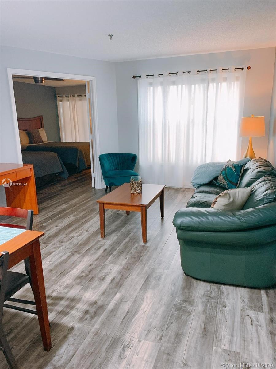 3100 Parkway Boulevard, KISSIMMEE, Florida 34747, 1 Bedroom Bedrooms, ,1 BathroomBathrooms,Condominium,For Sale,3100 Parkway Boulevard,A10936894