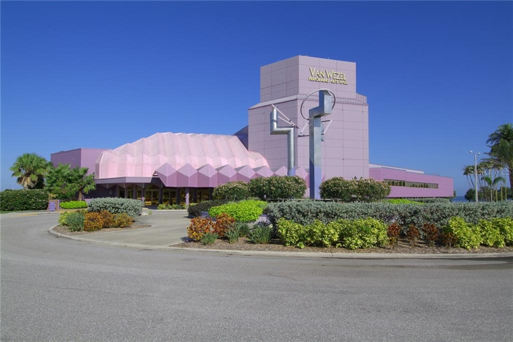 400 QUAY COMMONS, SARASOTA, Florida 34236, 2 Bedrooms Bedrooms, ,3 BathroomsBathrooms,Condominium,For Sale,400 QUAY COMMONS,1,A4480849