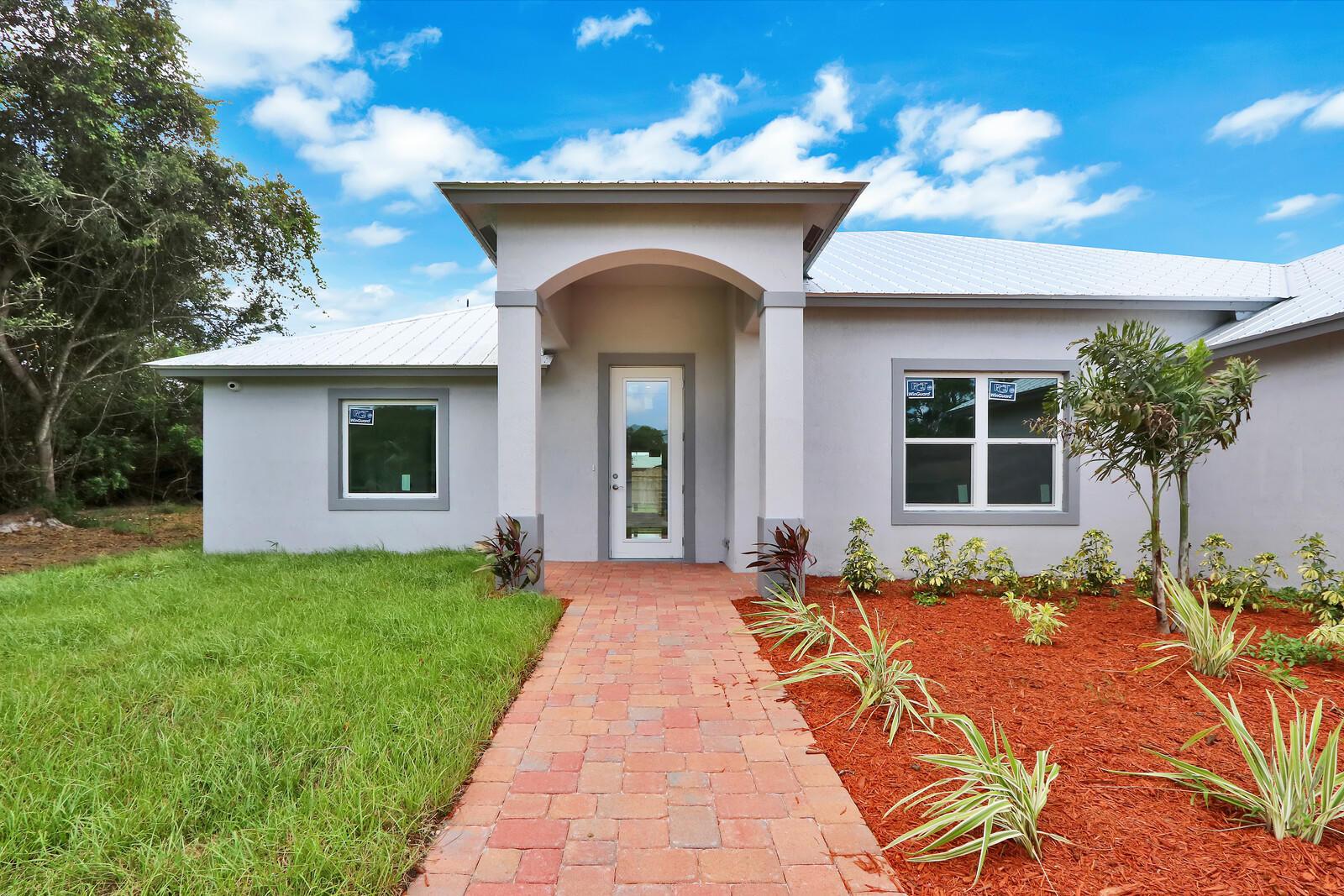 1064 SE Floresta Drive, Port Saint Lucie, Florida 34983, 3 Bedrooms Bedrooms, ,2 BathroomsBathrooms,Single Family,For Sale,1064 SE Floresta Drive,1,RX-10666488