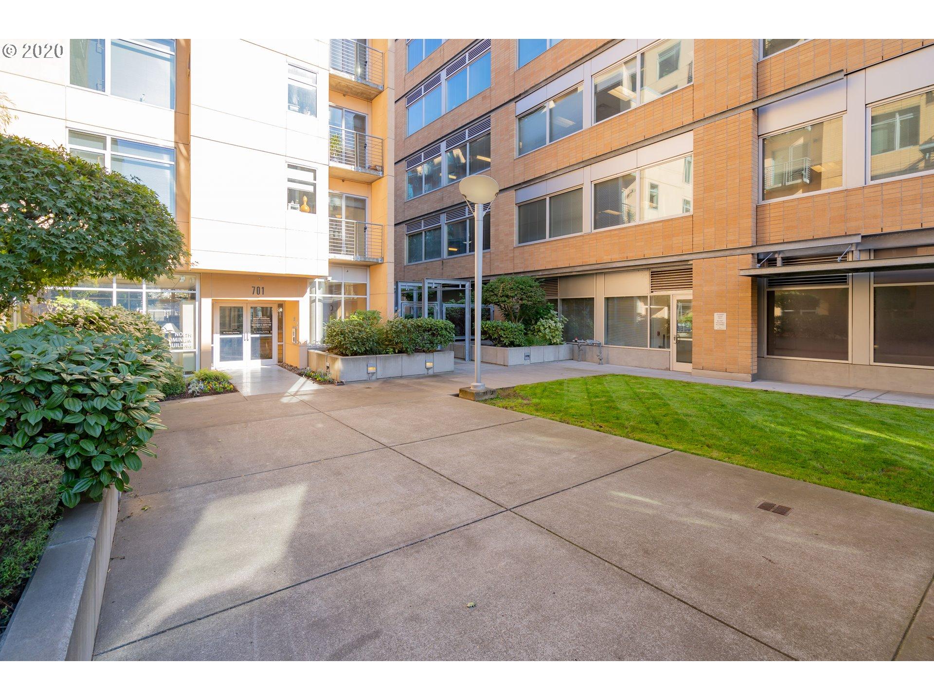 701 COLUMBIA ST 404, Vancouver, Washington 98660, 2 Bedrooms Bedrooms, ,2 BathroomsBathrooms,Condominium,For Sale,701 COLUMBIA ST 404,1,20544540