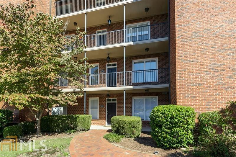 3220 Overland Dr, Roswell, Georgia 30075-8905, 2 Bedrooms Bedrooms, ,2 BathroomsBathrooms,Condominium,For Sale,3220 Overland Dr,1,8877033
