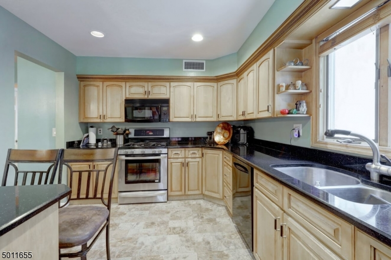 76 PARSON RD, CLIFTON CITY, New Jersey 07012-1505, 5 Bedrooms Bedrooms, ,3 BathroomsBathrooms,Multifamily,For Sale,76 PARSON RD,3659656