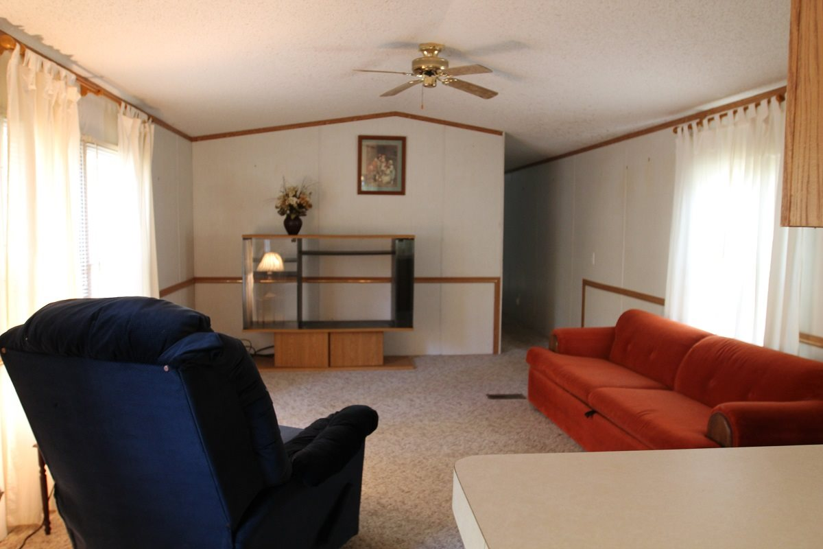2638 Blue Gill, Lansing, Iowa 52151, 2 Bedrooms Bedrooms, ,1 BathroomBathrooms,Residential,For Sale,2638 Blue Gill,20205621