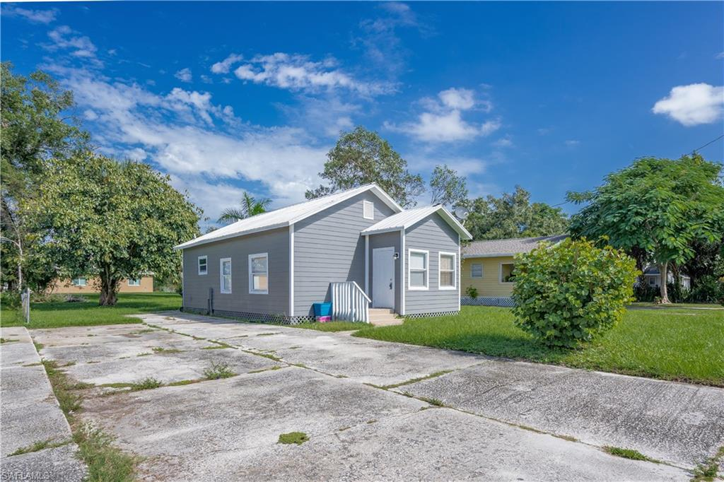 3341 Marion ST, FORT MYERS, Florida 33916, 2 Bedrooms Bedrooms, ,1 BathroomBathrooms,Single Family,For Sale,3341 Marion ST,220072568