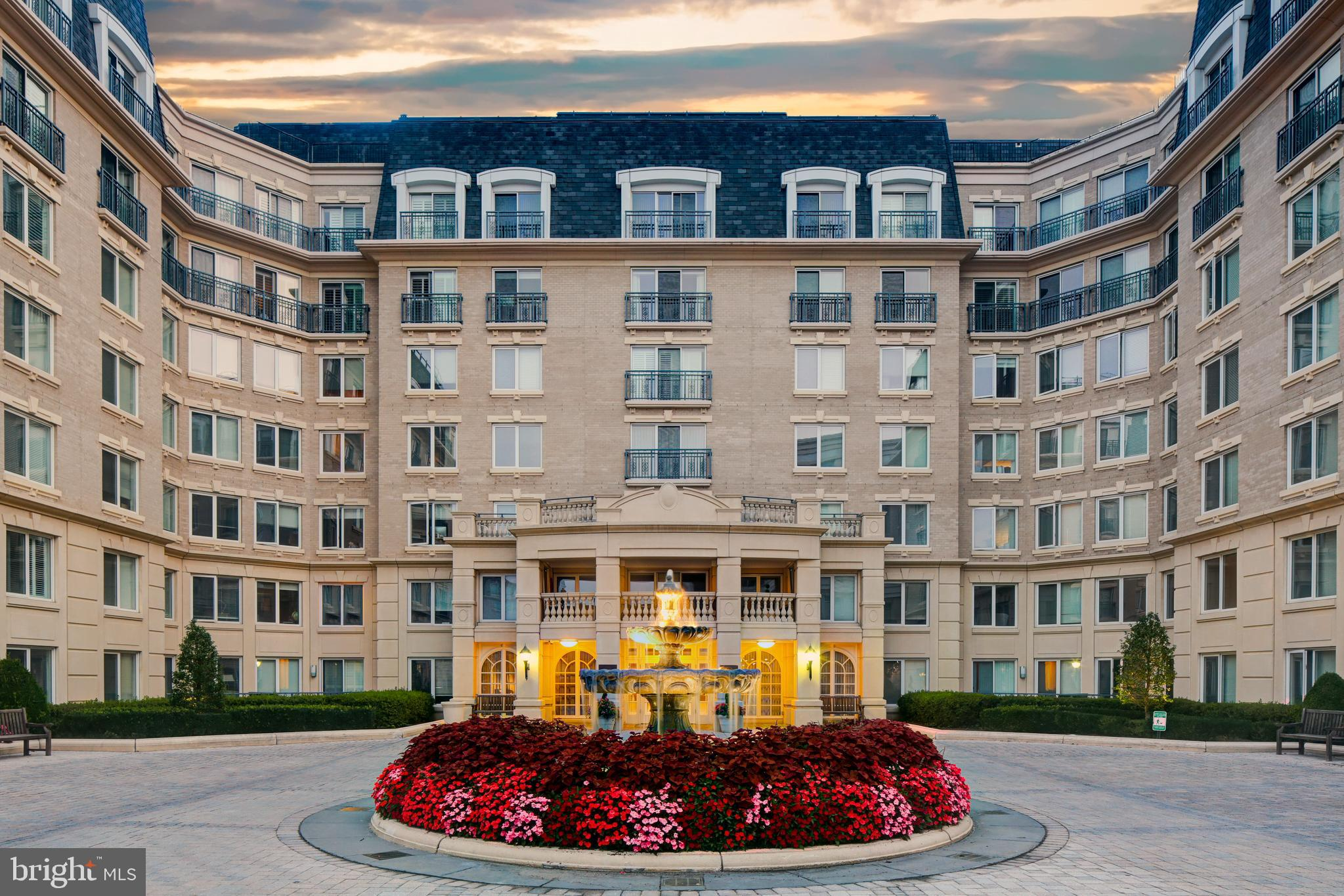 5 PARK PLACE, ANNAPOLIS, Maryland 21401, 2 Bedrooms Bedrooms, ,3 BathroomsBathrooms,Condominium,For Sale,5 PARK PLACE,MDAA451732