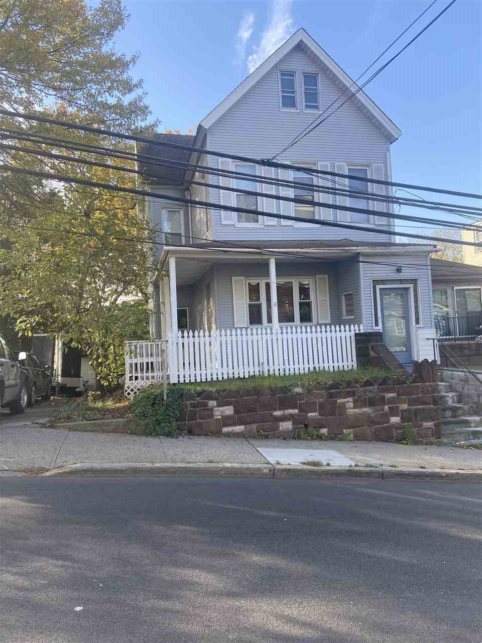 1203 51ST ST, North Bergen, New Jersey 07047, 3 Bedrooms Bedrooms, ,2 BathroomsBathrooms,Residential,For Sale,1203 51ST ST,202025933