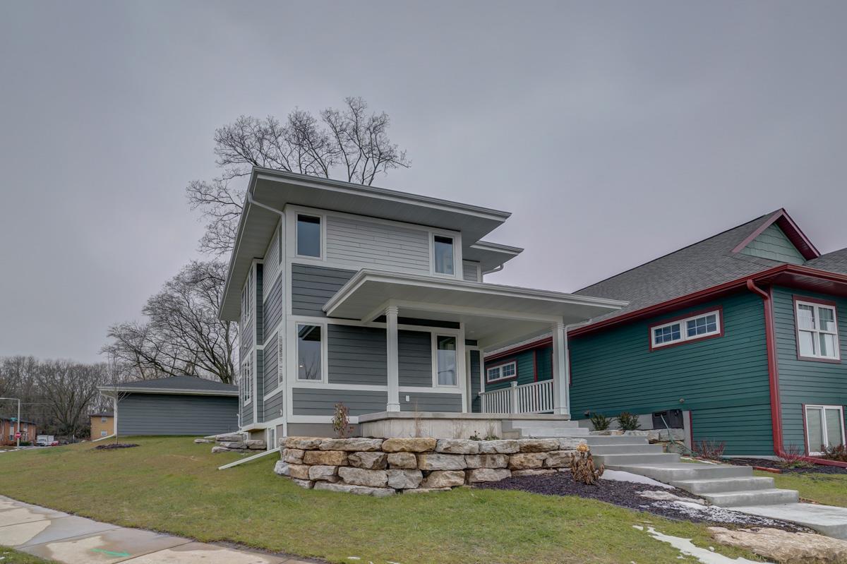 2427 Dunns Marsh Terr, MADISON, Wisconsin 53711, 4 Bedrooms Bedrooms, ,3 BathroomsBathrooms,Single Family,For Sale,2427 Dunns Marsh Terr,2,1898166