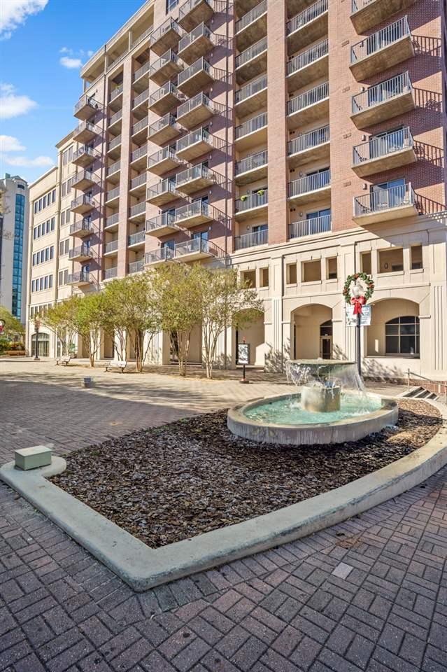 215 W College, TALLAHASSEE, Florida 32301, 1 Bedroom Bedrooms, ,1 BathroomBathrooms,Condominium,For Sale,215 W College,326101