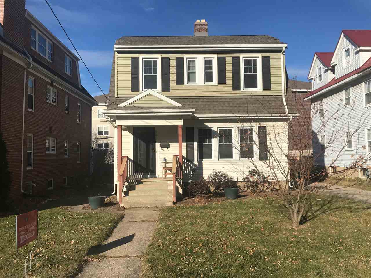 2314 Kendall Ave, MADISON, Wisconsin 53726, 3 Bedrooms Bedrooms, ,2 BathroomsBathrooms,Single Family,For Sale,2314 Kendall Ave,2,1898723