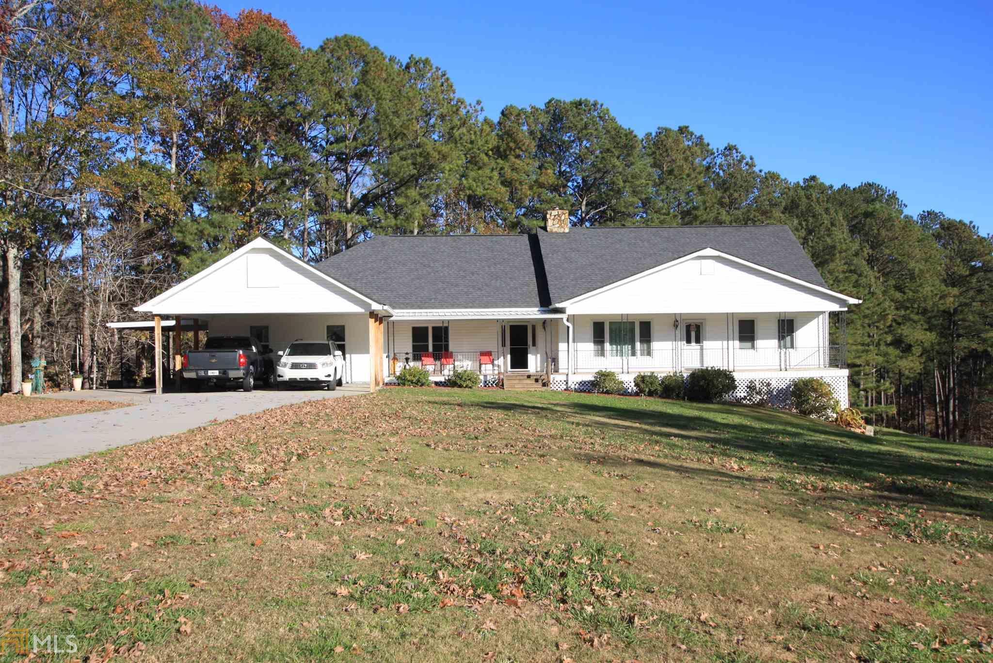 212 Crystal Mountain Rd, Acworth, Georgia 30101, 4 Bedrooms Bedrooms, ,3 BathroomsBathrooms,Single Family,For Sale,212 Crystal Mountain Rd,2,8897490