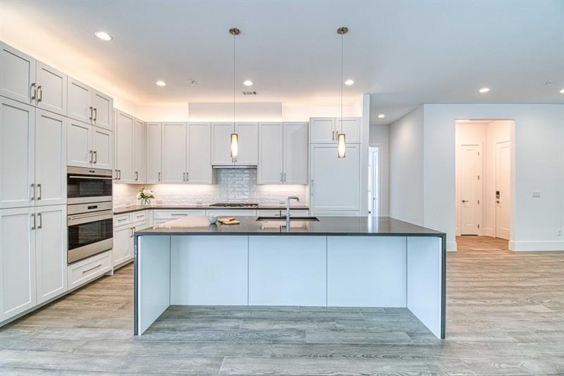 1200 Ponce de Leon Avenue NE, Atlanta, Georgia 30306, 3 Bedrooms Bedrooms, ,4 BathroomsBathrooms,Condominium,For Sale,1200 Ponce de Leon Avenue NE,1,6816612