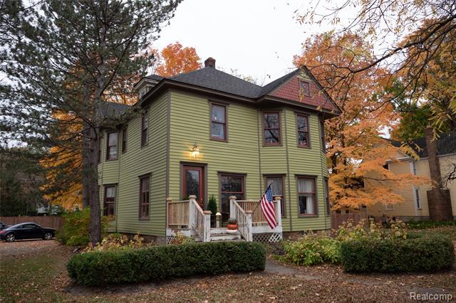 130 N MAIN Street, Clarkston, Michigan 48346, 4 Bedrooms Bedrooms, ,3 BathroomsBathrooms,Single Family,For Sale,130 N MAIN Street,3,2200098315