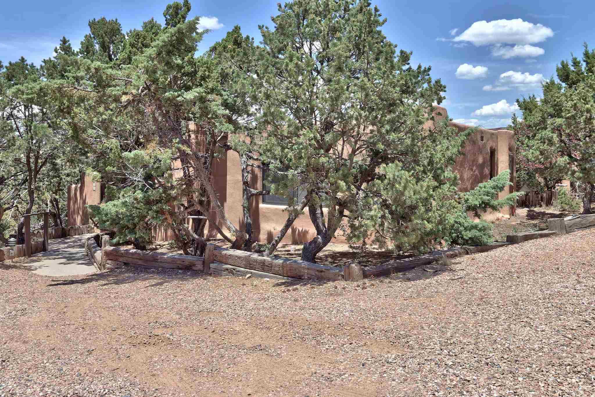 320 CALLE LOMA NORTE, Santa Fe, New Mexico 87501, 1 Bedroom Bedrooms, ,1 BathroomBathrooms,Condominium,For Sale,320 CALLE LOMA NORTE,202005108