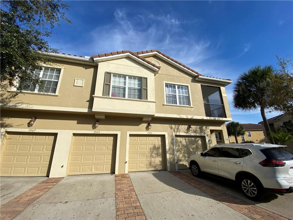 7503 PELLHAM WAY, KISSIMMEE, Florida 34747, 3 Bedrooms Bedrooms, ,2 BathroomsBathrooms,Condominium,For Sale,7503 PELLHAM WAY,1,S5043857