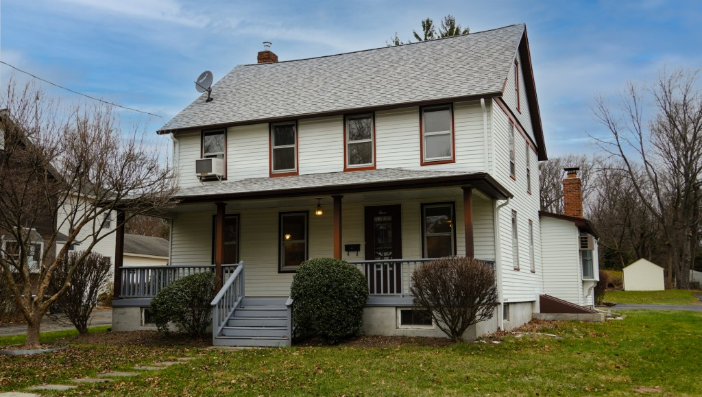 3 Ackerson Road, Allendale, New Jersey 07401, ,Single Family,For Sale,3 Ackerson Road,20051104